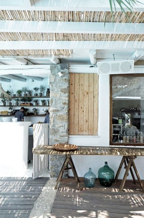 Beach House :: Holiday Home Decor + Design Inspiration :: Beachside  Hideaway :: Free Your Wild :: See More Untamed Beach House Inspiration  @untamedu2026