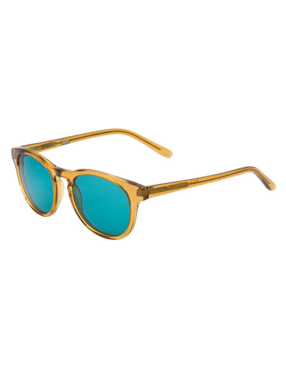 HAN KJOPENHAVN Óculos de sol  Timeless  verde.   óculos da moda ... 8ef3f85385