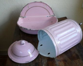 French antique enamel basin and bowl, fountain, pink, 1920s, lavabo, water faucet, french vintage