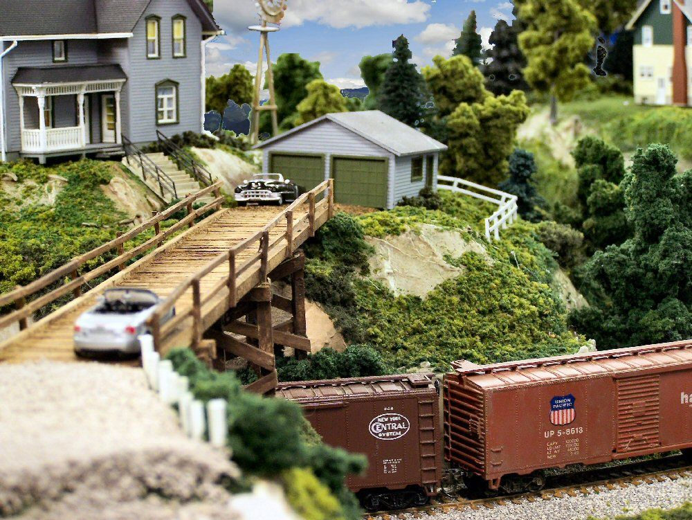 Model Train Mountain Scenary