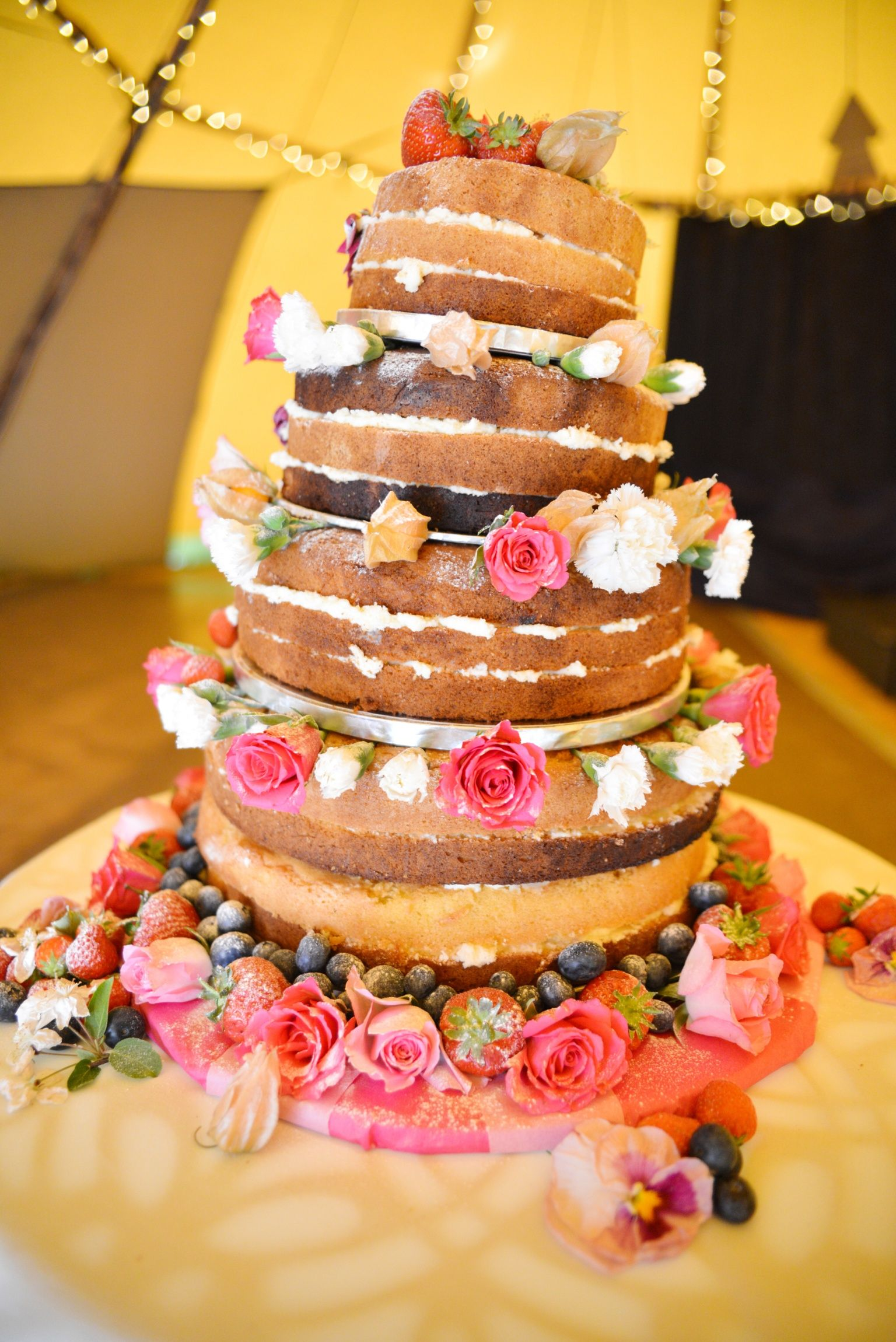 Victoria sponge country wedding cake cakes and things pinterest