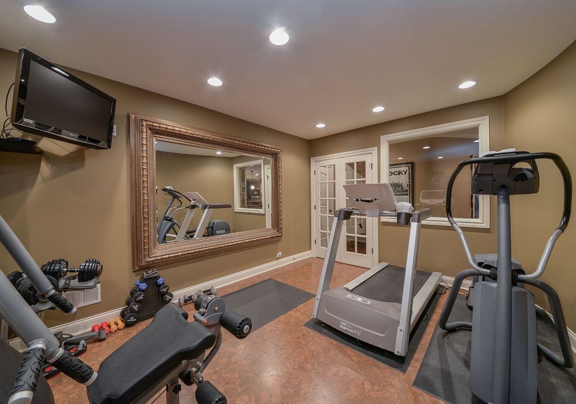 47 Extraordinary Basement Home Gym Design Ideas Home Gym Decor Gym Room At Home Home Remodeling Contractors