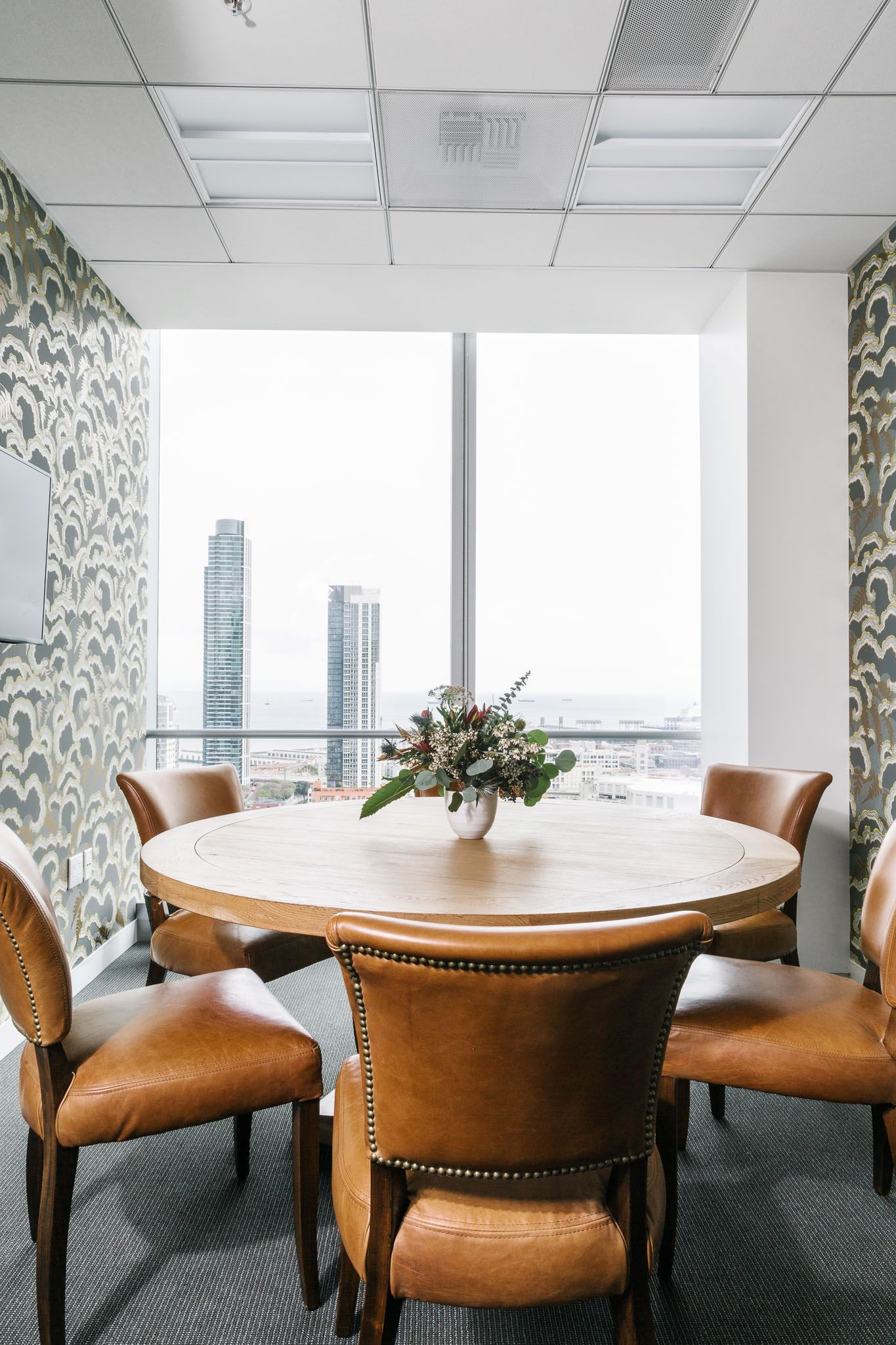 A High-Rise Office for Trinity Ventures SF   Chairs, Leather and ...