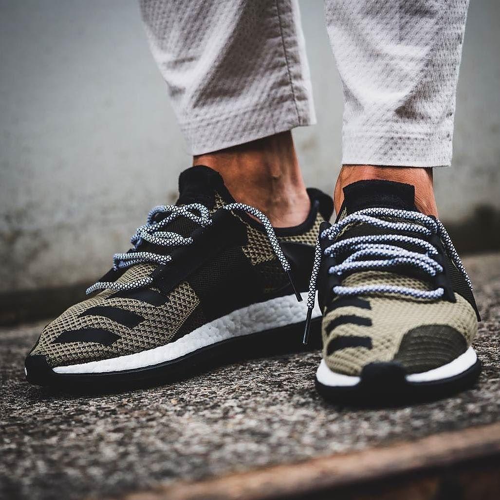 Adidas día uno Pure Boost ZG PIC via @ solebox oficial