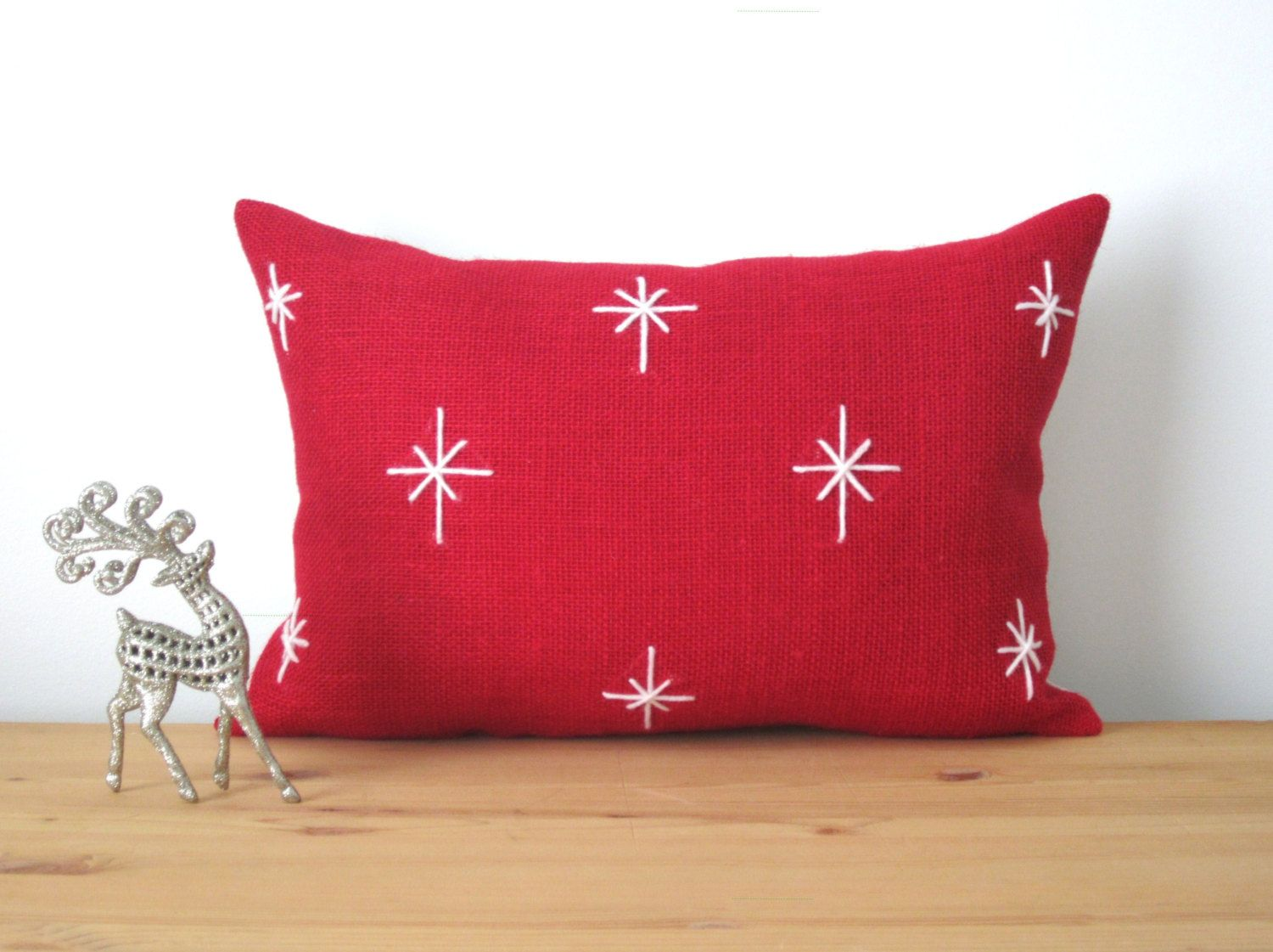 Red burlap holiday pillow cover starlight winter by ainthatastitch