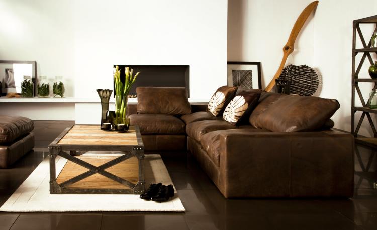 Natürliche Farbgestaltung In Erdtönen U2013 Wohnzimmer In Braun #braun  #erdtonen #farbgestaltung #naturliche