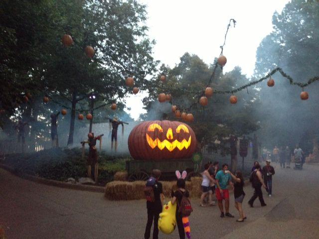 [Review] Howl O Scream Busch Gardens Williamsburg | 757 Lifestyle #va