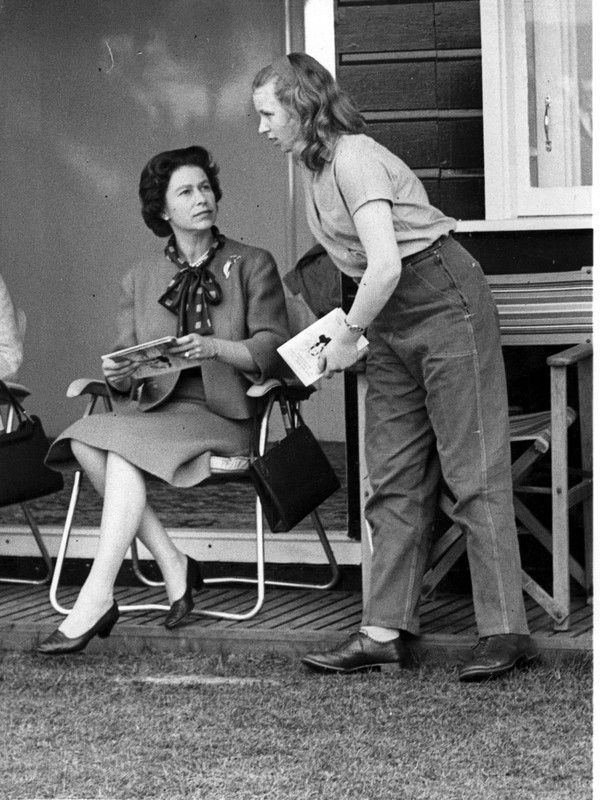 Queen Elizabeth and Princess Anne in 1963 | VIPs & ROYALTY ...