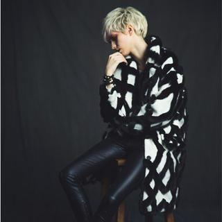 GUMZZI - Faux-Fur Check Coat
