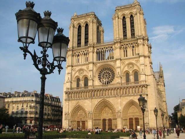 Catedral De Notre Dame De Paris Arquitetura Na Estrada Catedral De Notre Dame Catedral Viagem Paris