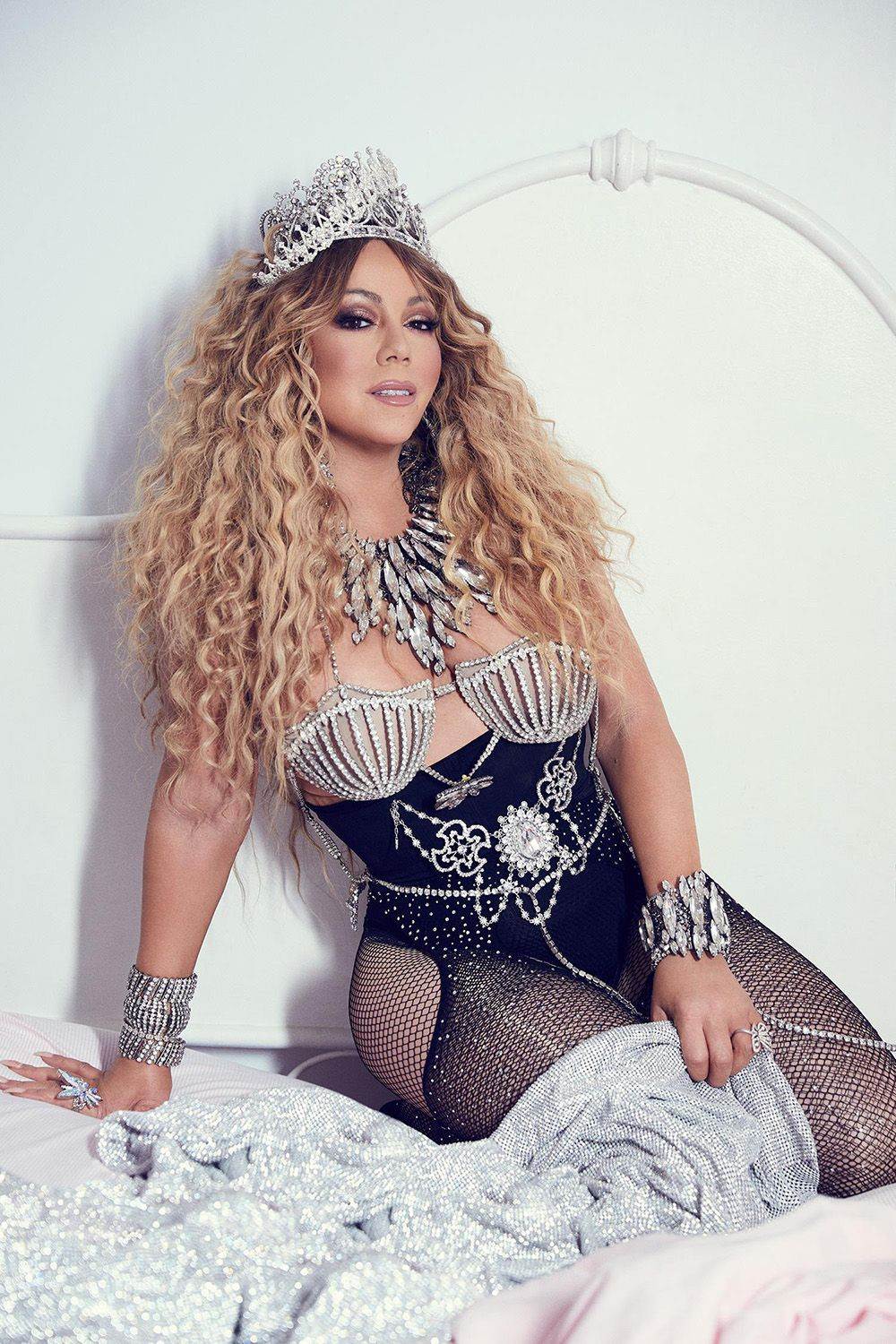 2a33b85c16b Jennifer Lopez   Mariah Carey Go Head To Head With Sexy Paper Covers — Pics