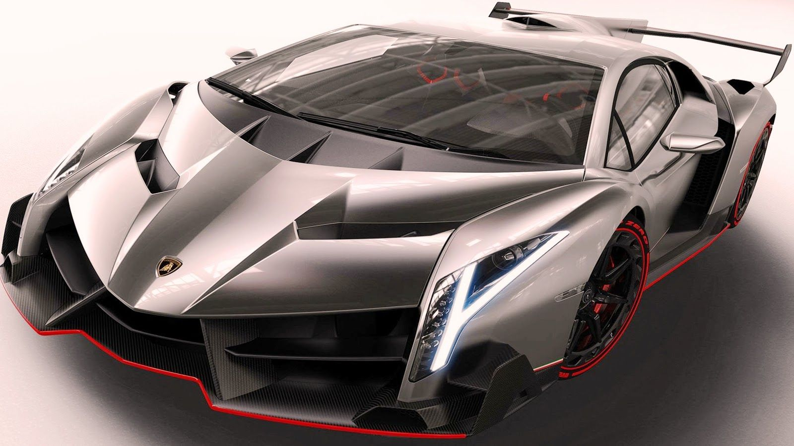 The Incredible Lamborghini Veneno.Weighing 1450 Lbs) And Powered By 552 Kw  Bhp / 750 Ps) Liters Ci) Naturally Aspirated DOHC, Allows This Bull To Do:  In And ...