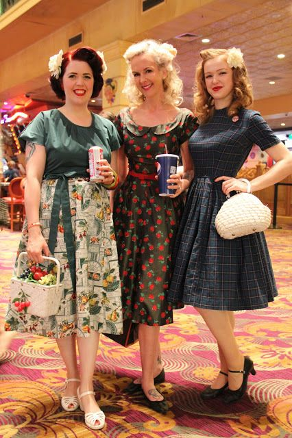 Pin By Ashleeta Beauchamp On Viva Las Vegas Fashion Retro Fashion Vintage Vintage Inspired Fashion Modest Dresses Casual