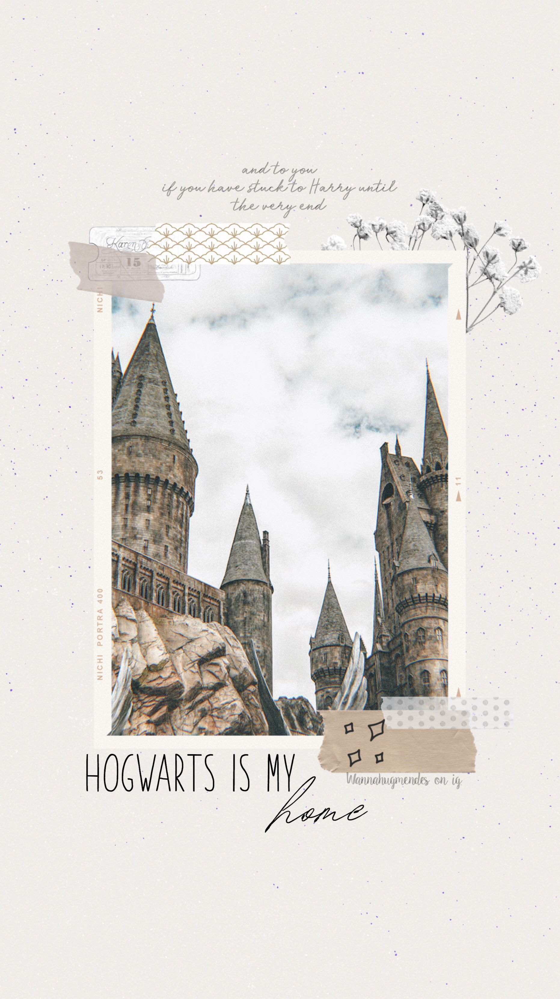 Photo of Hogwarts // wallpaper