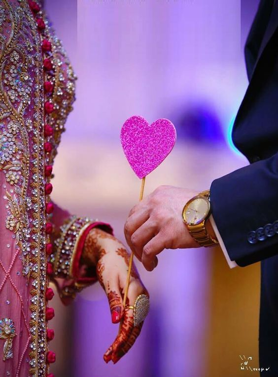 50 Beautiful Romance Love Hd Images Photos Free Download Is Part Of Wed Wedding Couples Photography Wedding Couple Pictures Indian Wedding Photography Couples