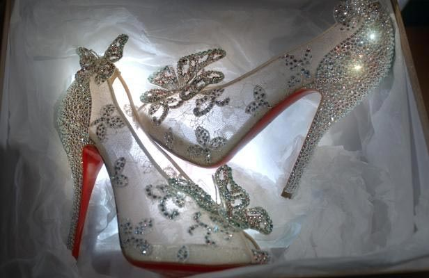 chaussures louboutin d'occasion