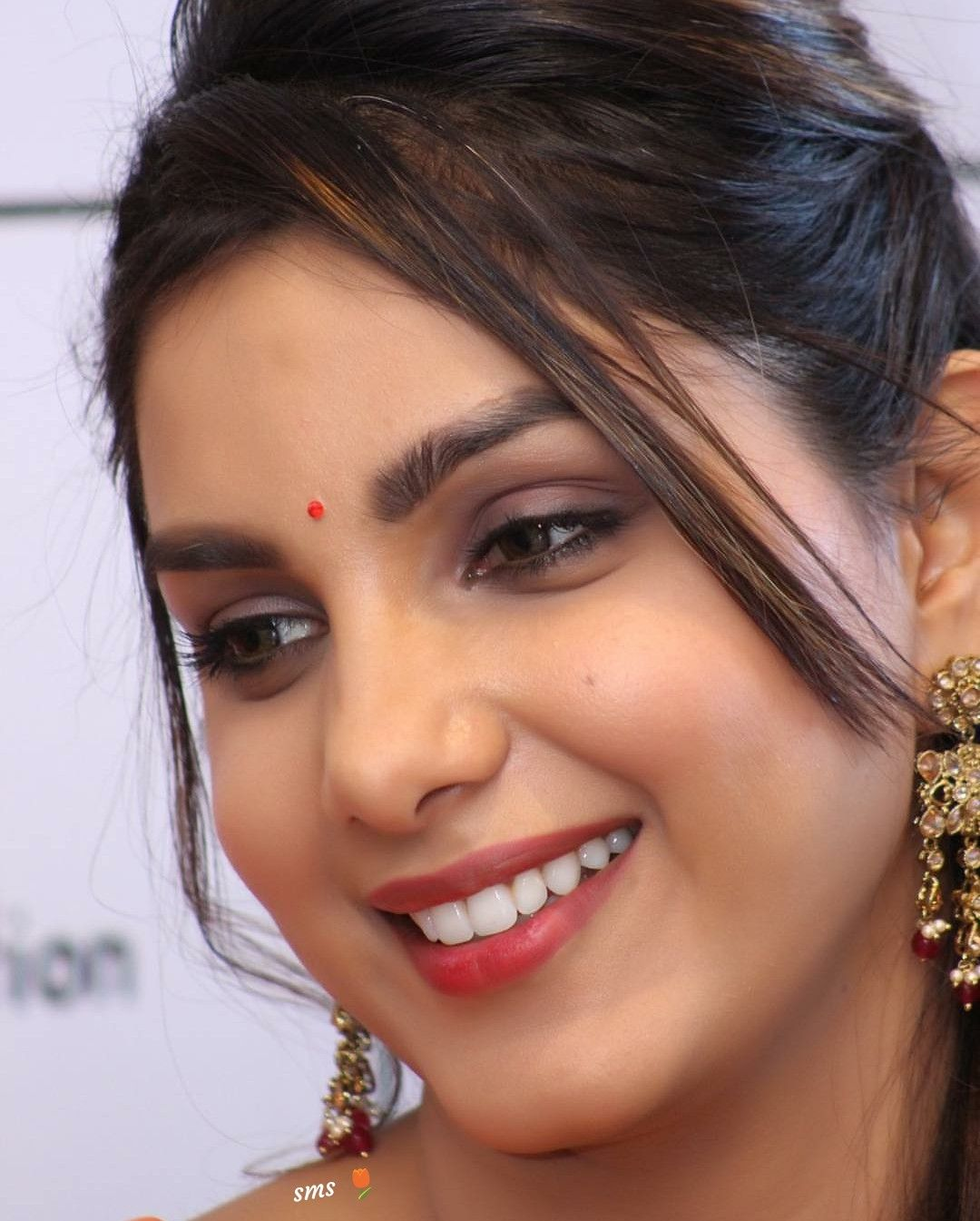 Shivani and farnaz dating divas