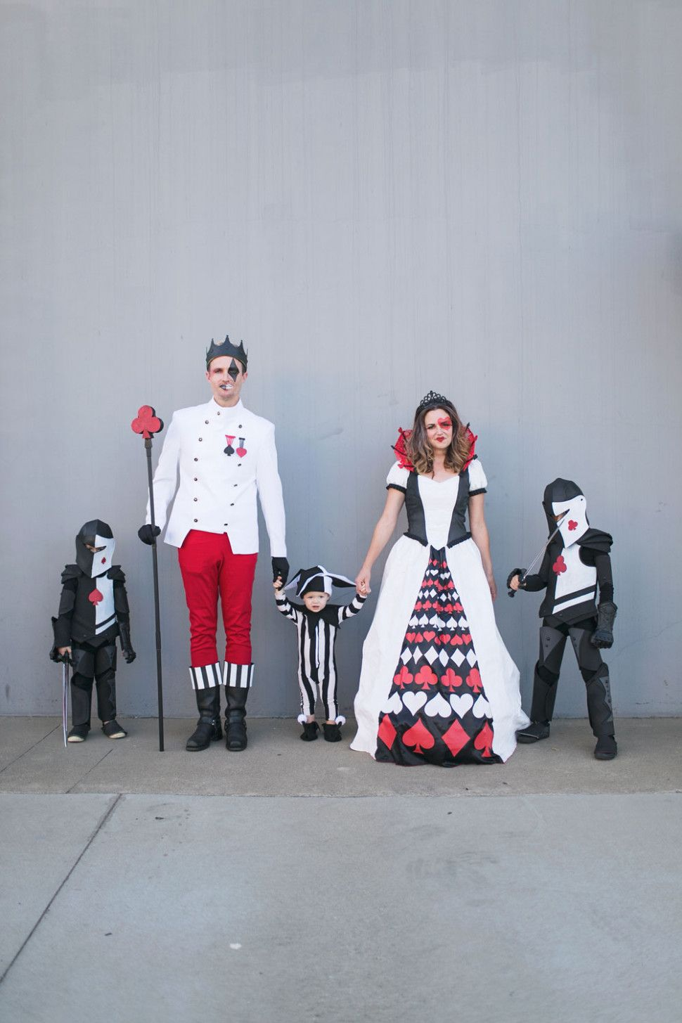 Queen Of Hearts Card Costume Diy Family Costumes Card Costume Diy Costumes