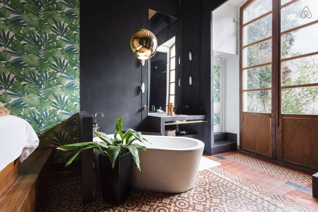 Ganhe uma noite no UNIQUE  PALAZZO w/ Garden CENTER - Apartamentos para Alugar em Barcelona no Airbnb!