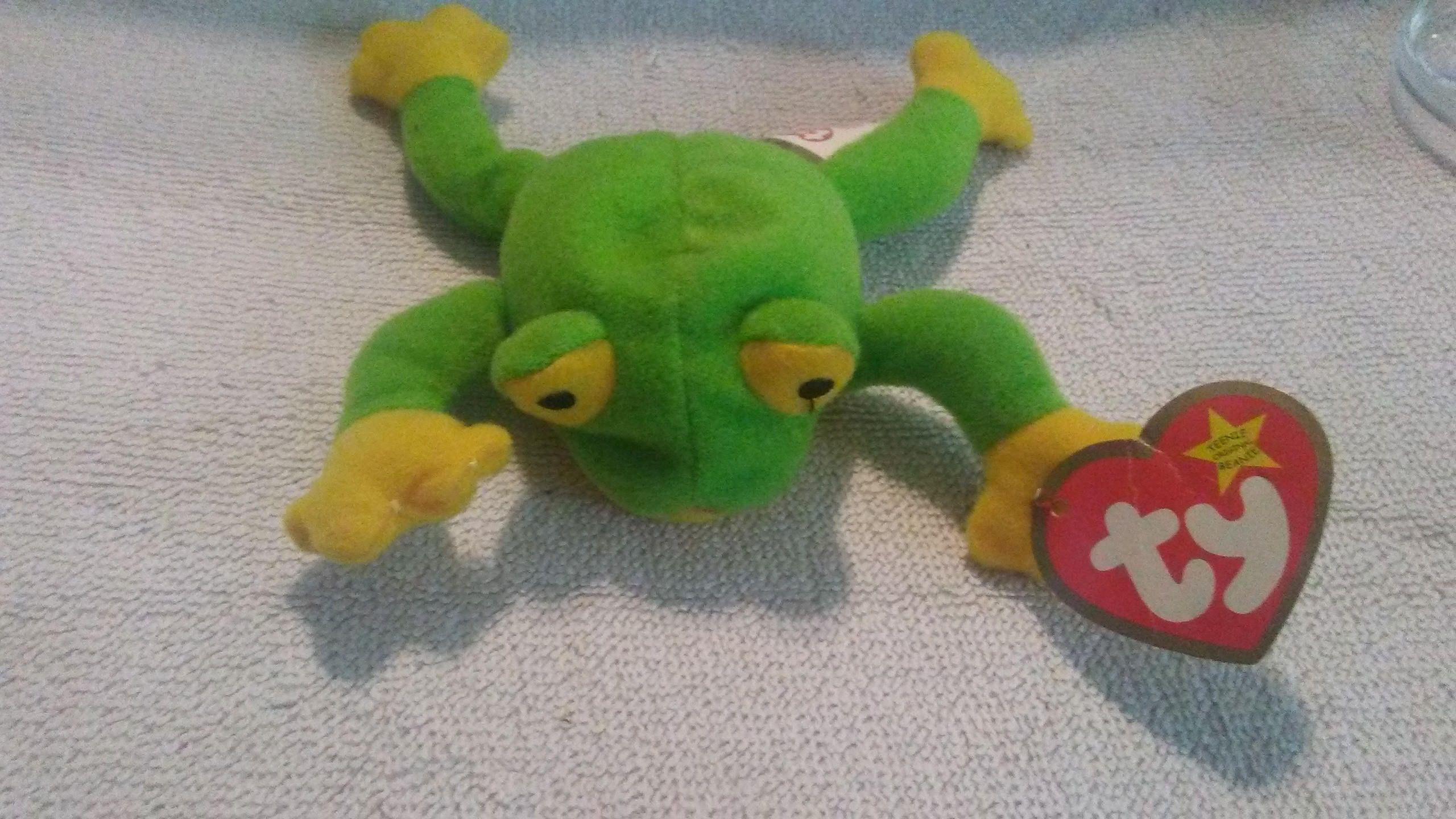 f5017f96a7d Teenie Beanie Baby  Smoochy The Frog by DandCVinylCutting on Etsy ...