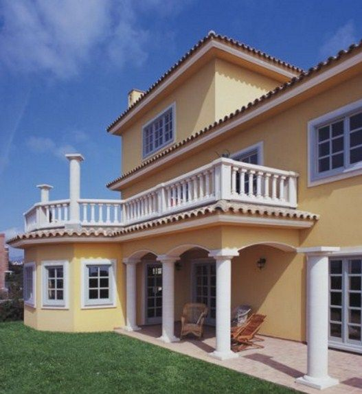 Fachadas de casas con columnas 527 574 for Pilares y columnas