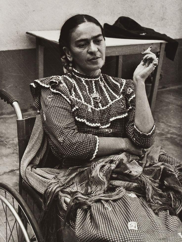 frida kahlo naked pictures