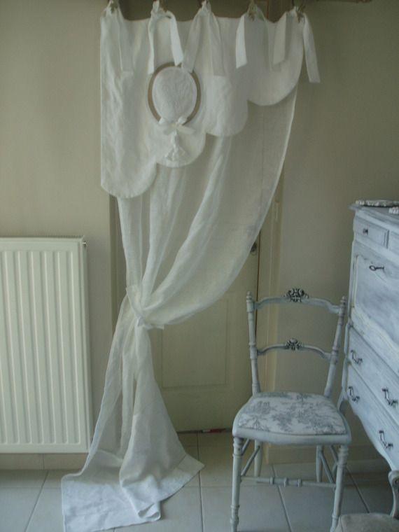 Magnifique rideau feston bonne femme. En linge ancien et voile de ...