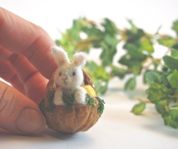Easter Bunny Basket - Needle Felted Bunny in a Walnut Shell Basket - Spring Nutshell Ornament - Miniature Wool Felt Bunny and Easter Eggs #needlefeltedbunny