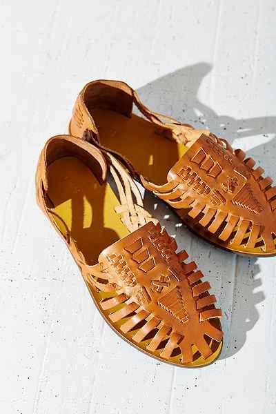 8a0c2410a234 Ecote Huarache Shoe Sandals Outfit