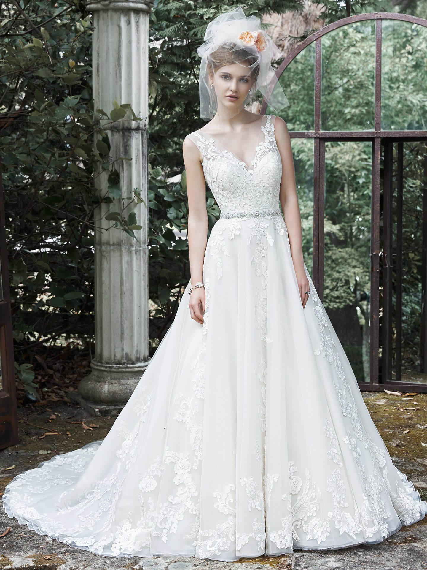 Size 22 wedding dress  Maggie Sottero Wedding Dresses  Maggie sottero Lace applique and