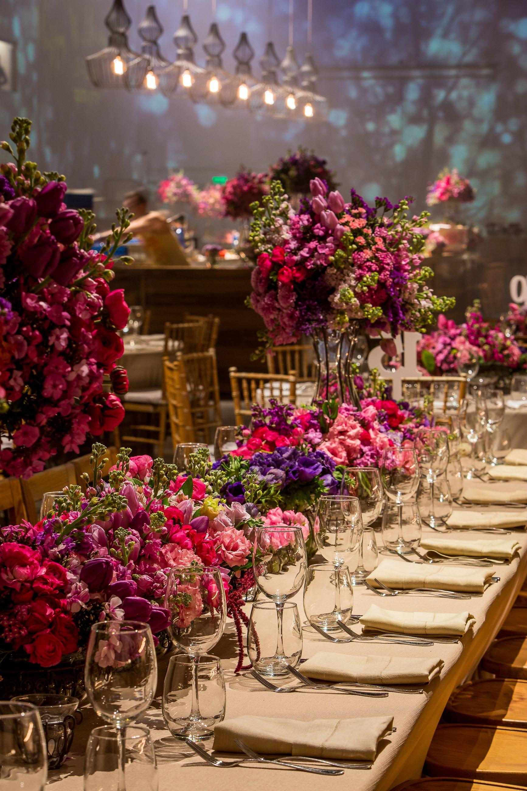 Wedding Flowers Filled Tel Aviv S Hangar 11 Last Night For A Christmas Eve Spectacular Extravaganza