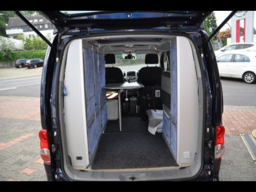 nissan nv200 stadtindianer zoom mini campervan. Black Bedroom Furniture Sets. Home Design Ideas