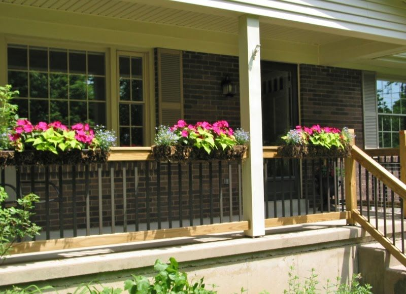 Front porch railings porch railing flower boxes ideas for Front balcony railing