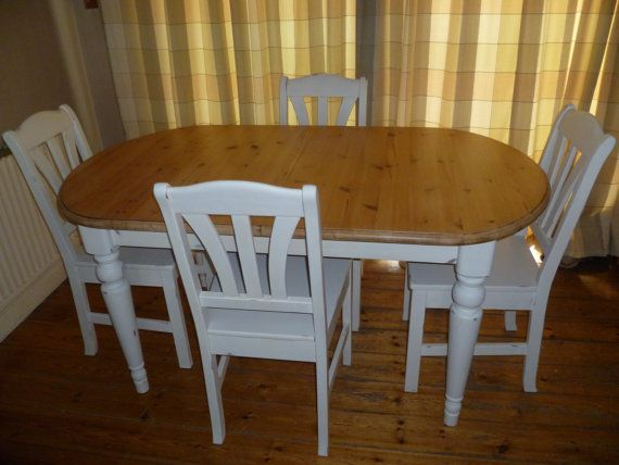 Shabby Chic Solid Pine Farmhouse Extending Dining Table