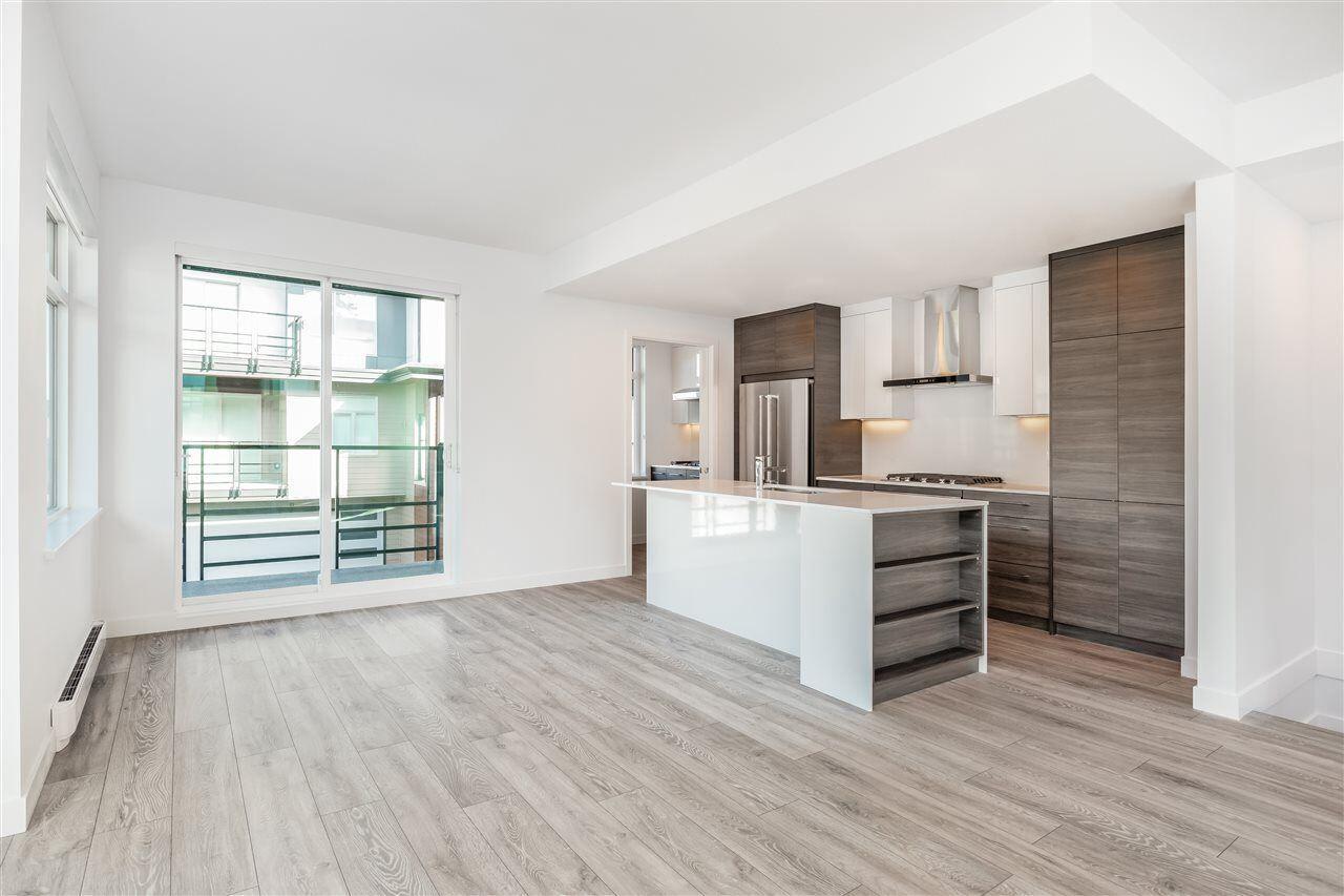 https//buypropertiesbc.ca/properties/410511no5rd