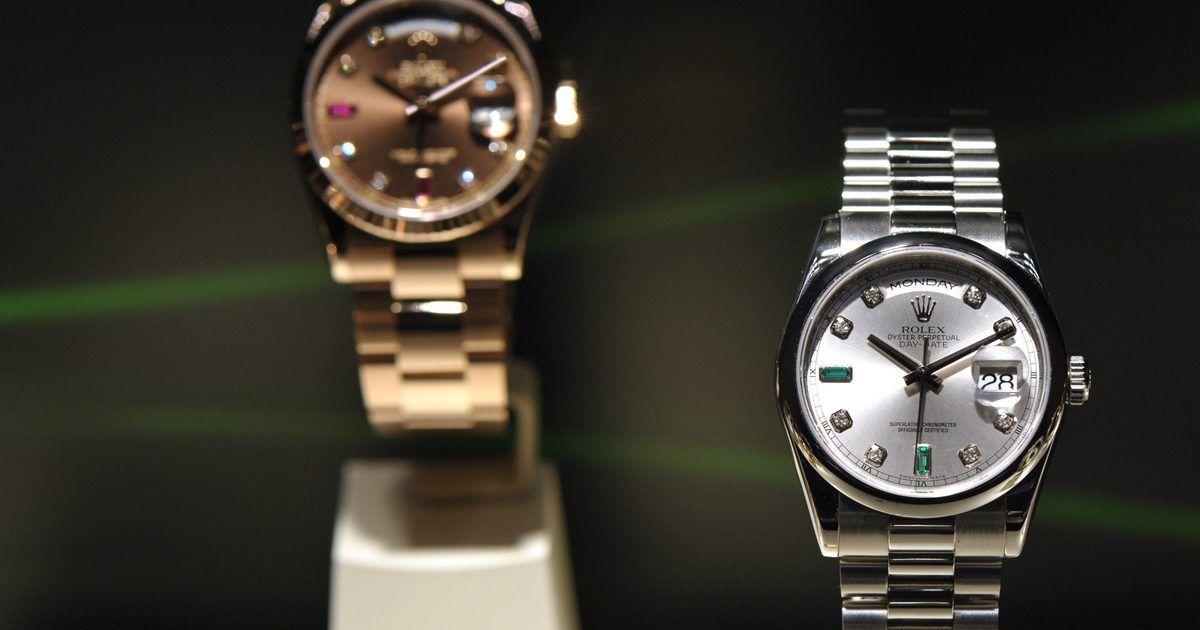 9b81600a53f Como trocar a bateria de um relógio Rolex falso. Os relógios Rolex genuínos  têm um