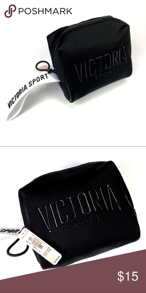 156a3db282ddb4 Victoria's Secret Black Sports Bag Victoria's Secret Black Sports Bag  Retail Price $24 Approximately 6