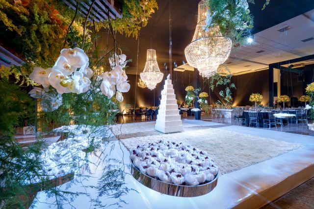 Decoração de Casamento Glamourosa By Alessandro Gemus Amarelo Preto azul tiffany