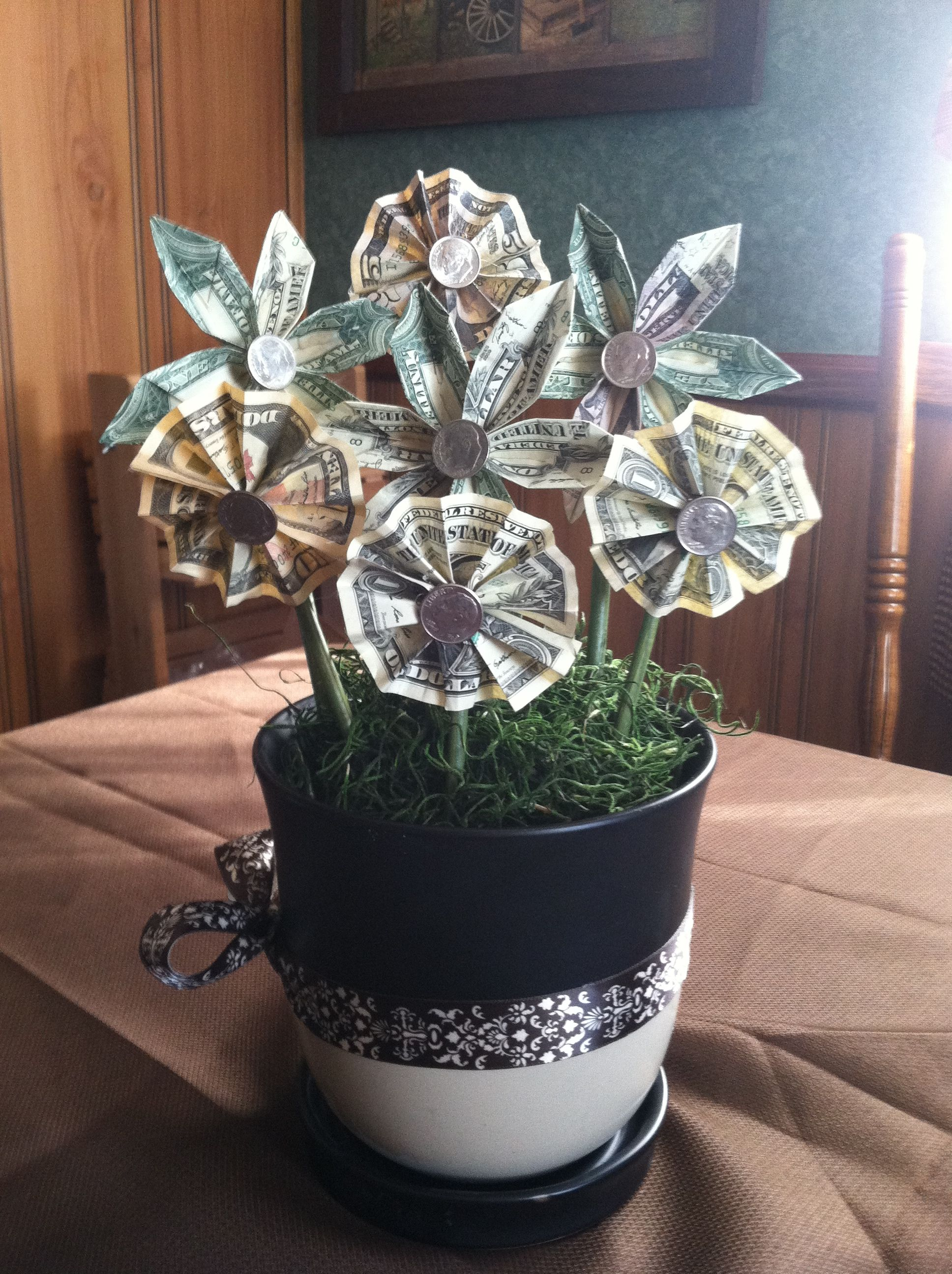 origami money flower gift