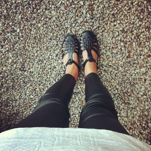 Flat sandals #shoes