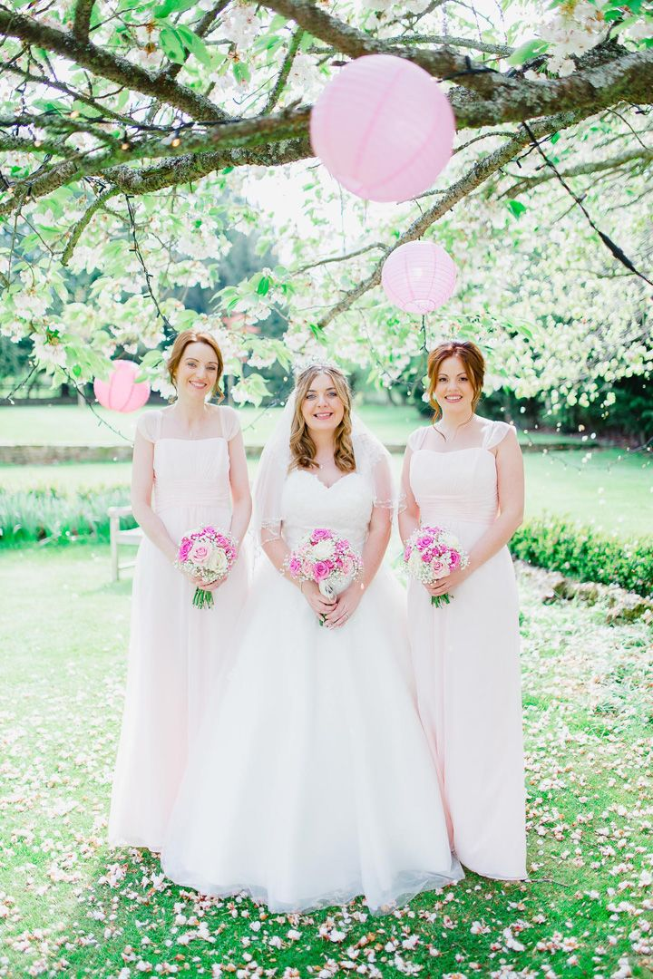 Blush bridesmaid dresses | Soft pink and white wedding bouquets | fabmood.com #bouquet #weddingbouquets #pinkbouquets