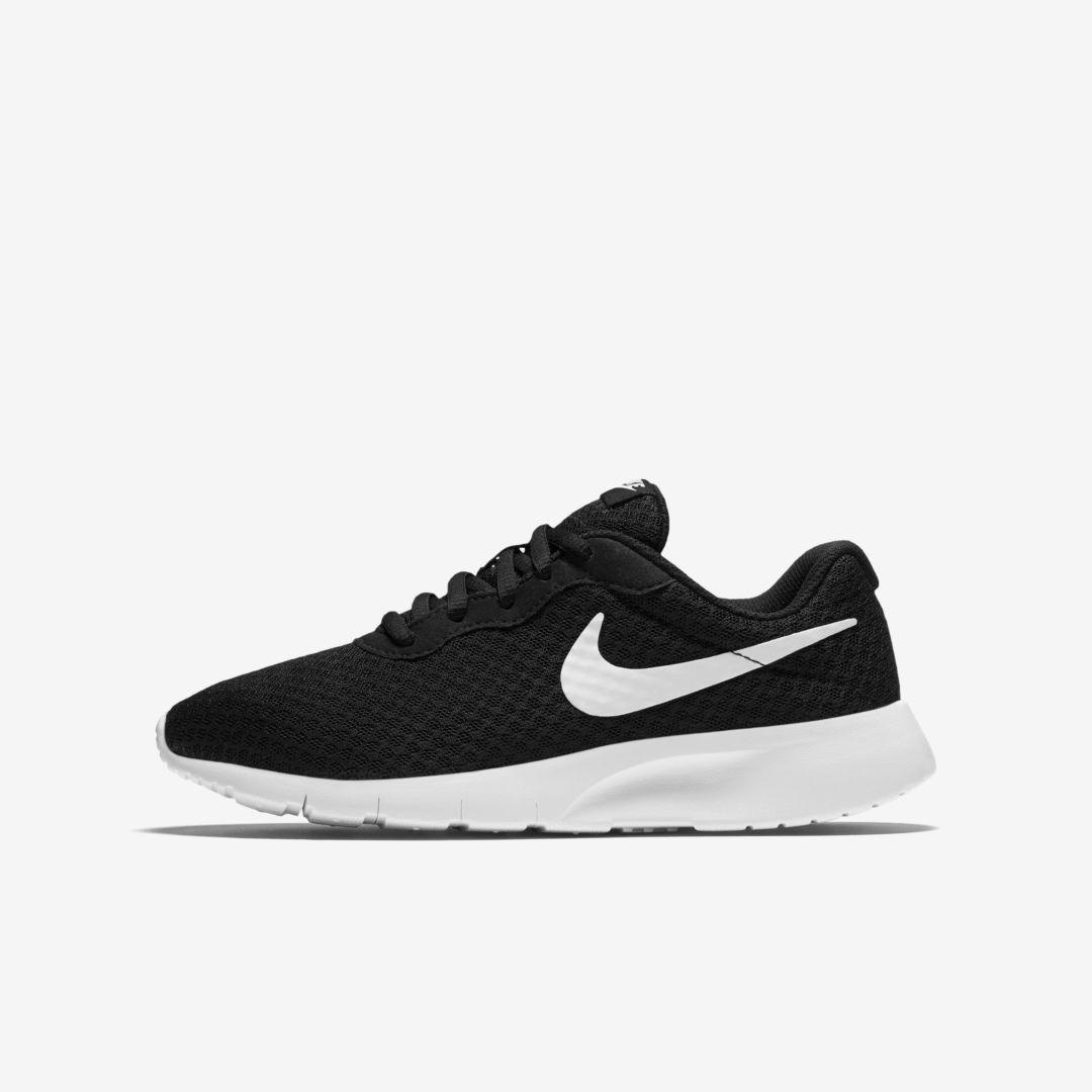 Nike Tanjun Big Kids' Shoe (Black)   Nike kids shoes, Nike