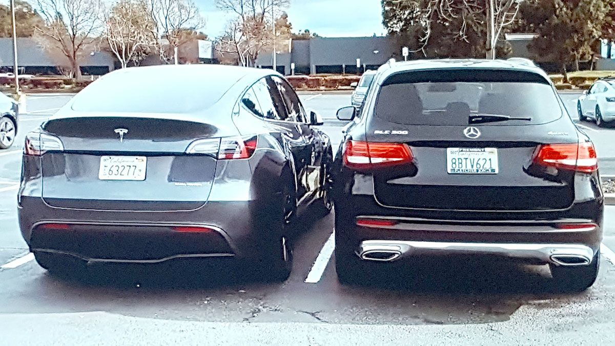 Tesla Model Y Size Comparison With Mercedes Glc 300 Video And