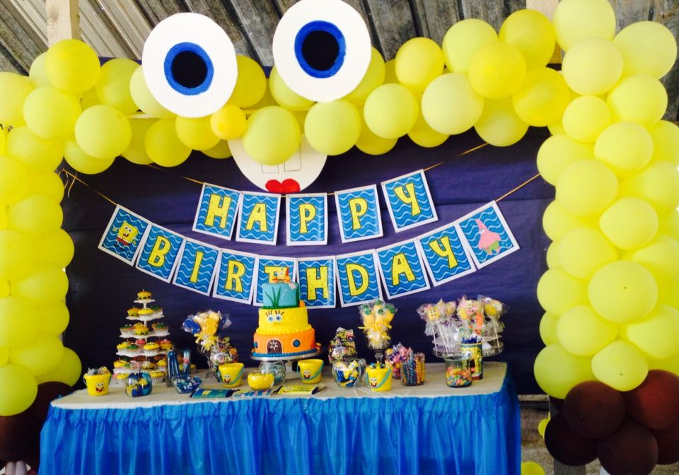 A main table setting were cake and treats are set. & A main table setting were cake and treats are set. | Spongebob party ...