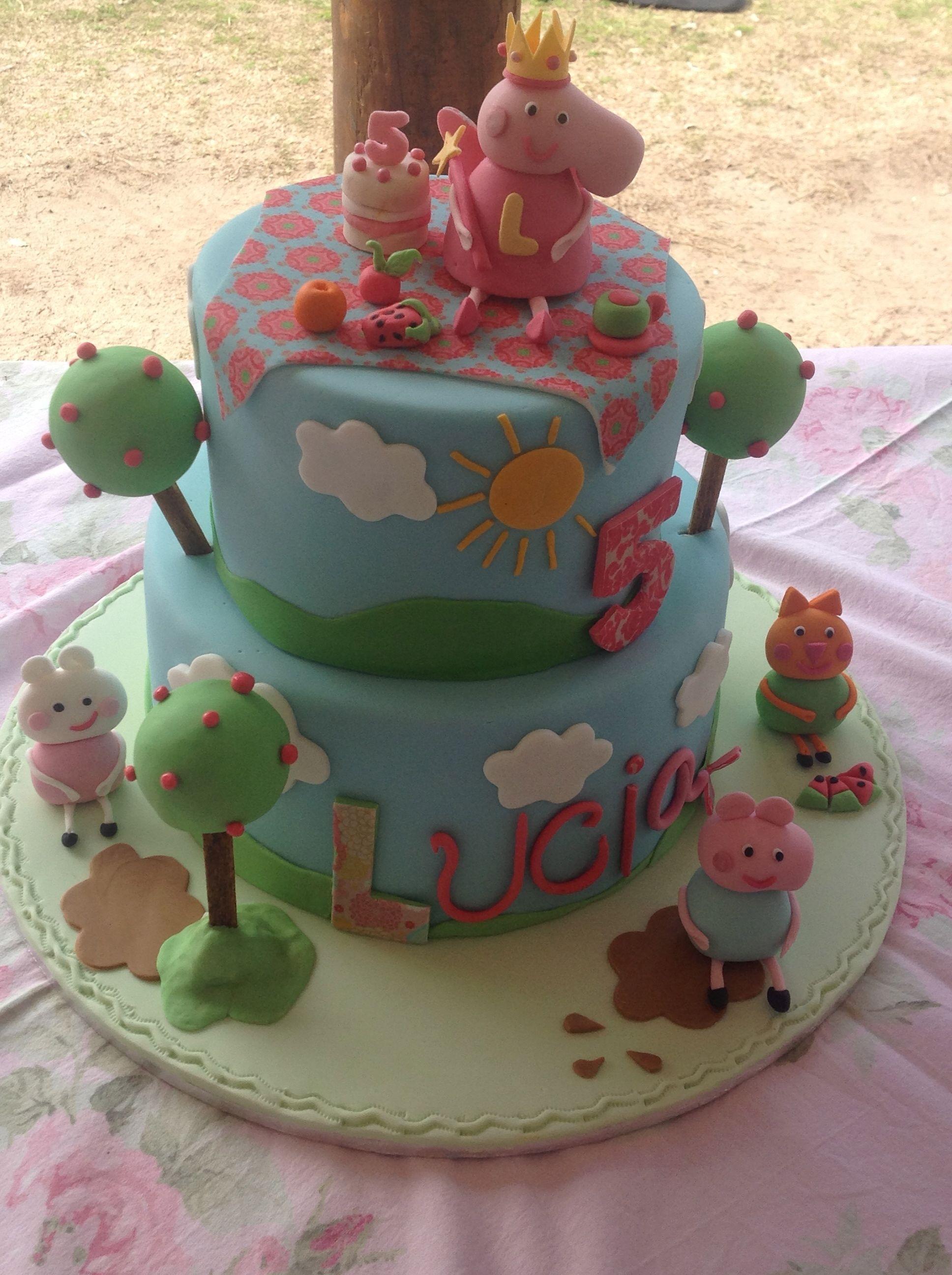 My Peppa Pig Birthday Cake For My Daughters 5th Birthday Peppa