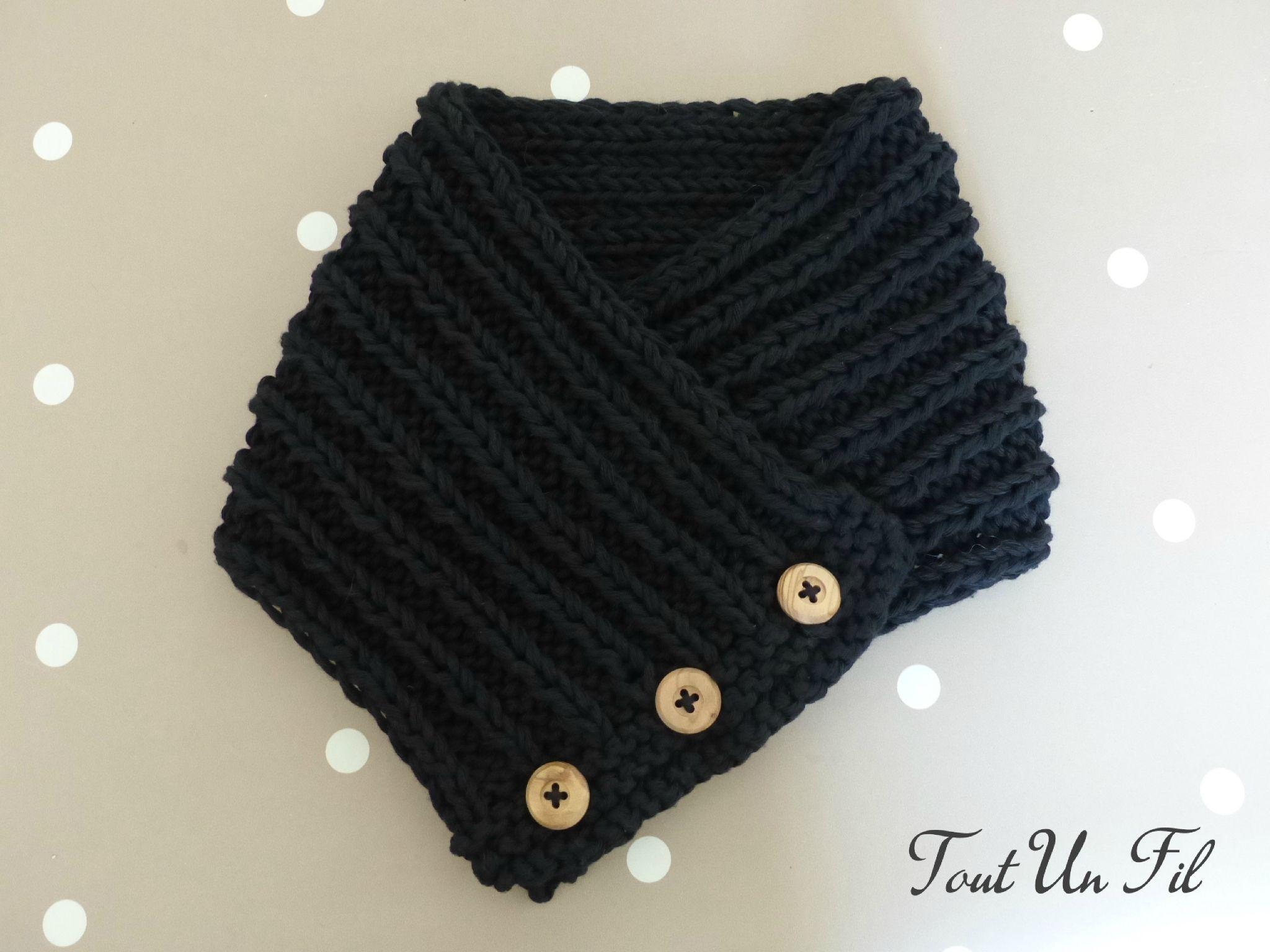 Col chaud pour jeune homme - Tout un Fil   Tricot   Knit   Pinterest ... f3f7dff0a10