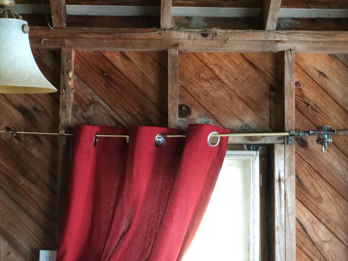 fish curtain rod curtain menzilperde net. Black Bedroom Furniture Sets. Home Design Ideas