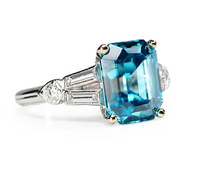 Finger Bling: 4.25 ct Blue Zircon Diamond Ring - The Three Graces