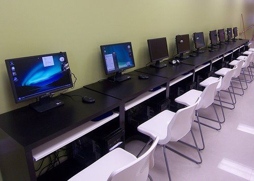 HOW TO START YOUR OWN INTERNET CAFE BUSINESS? | BacolodLive.com | Design ideas for business ...
