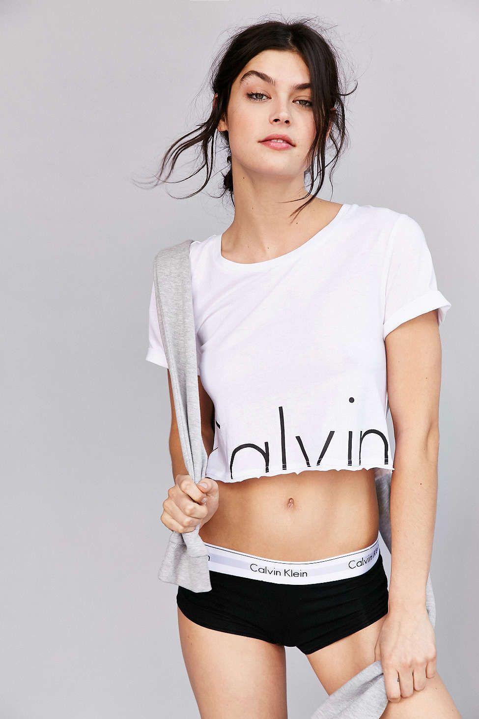 25f742fdf7989 Calvin Klein For UO Modern Cropped Tee